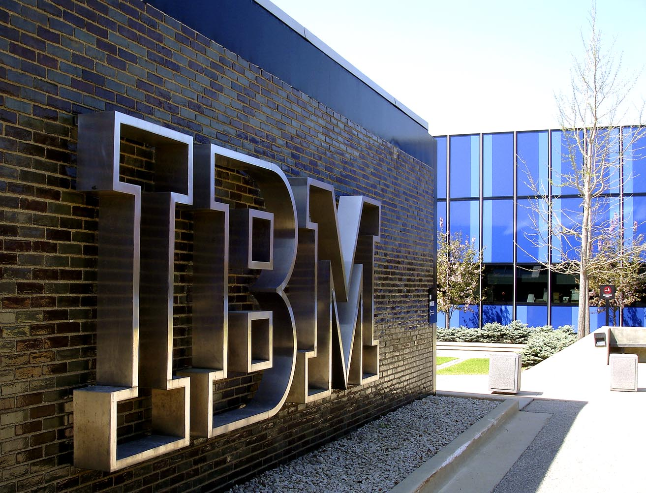 IBM announces free complete access to Bluemix portfolio