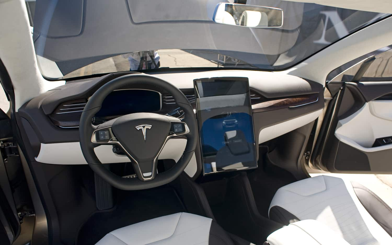 тесла автомобиль 2015 #9