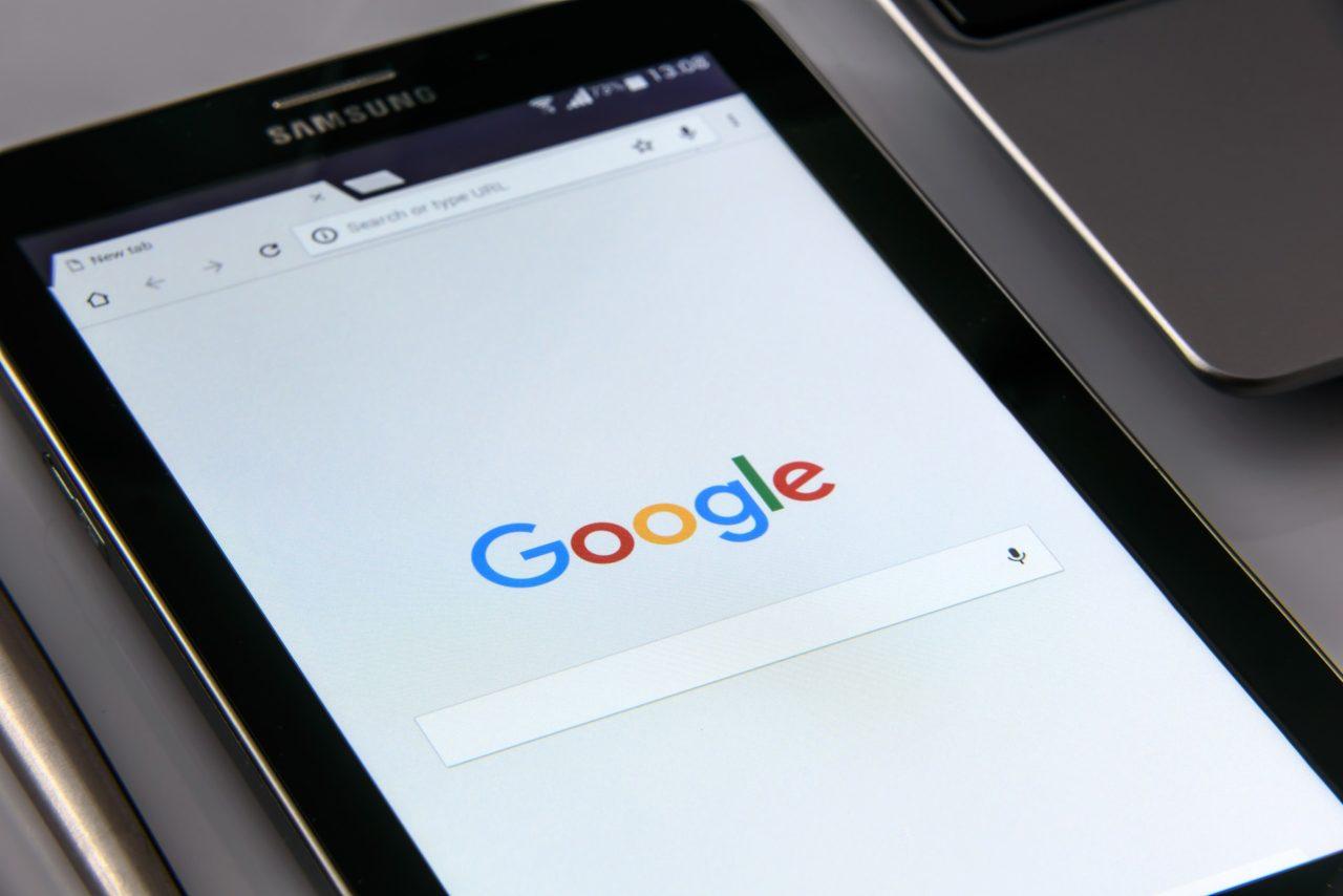 google-on-your-smartphone-1796337_1920-1280x854.jpg